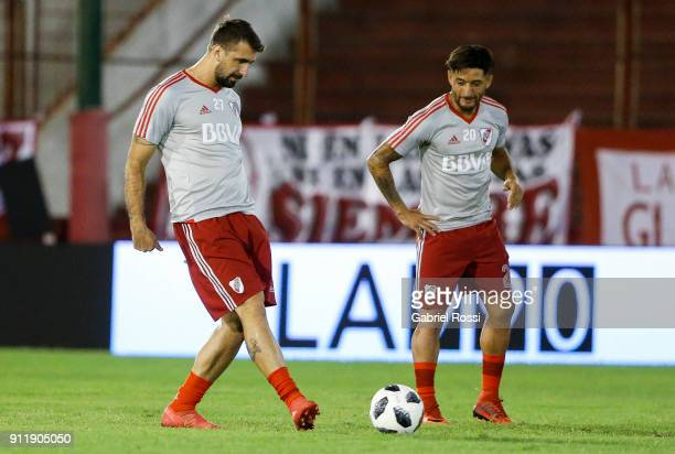 Lucas Pratto of River Plate warms up prior a match between Huracan and River Plate as part of Torneo Primera Division 2017/18 at Tomas Adolfo Duco...
