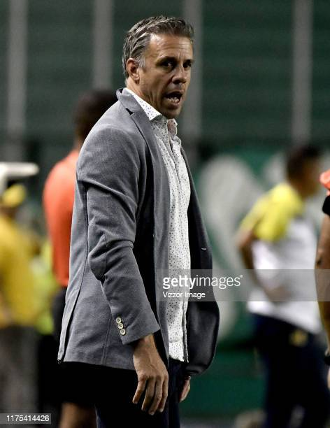 Lucas Pusineri coach of Cali gestures during a match between Deportivo Cali and Alianza Petrolera as part of Torneo Clausura Liga Aguila 2019 at...