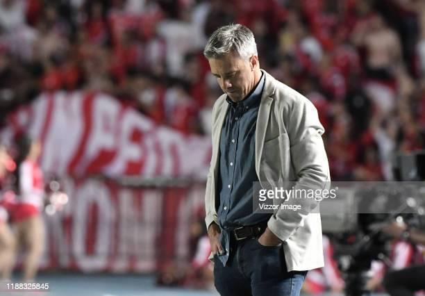 Lucas Pusineri coach of Cali reacts during a match between America de Cali and Deportivo Cali as part of Liga Aguila II 2019 at Estadio Pascual...