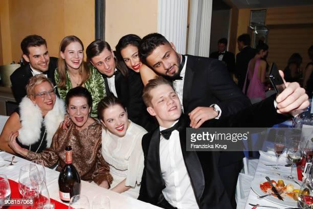 Lucas Reiber Alicia von Rittberg Jannik Schuemann Gizem Emre Aram Arami 2nd row Doris Doerrie Hannelore Elsner Jella Haase and Max von der Groeben...