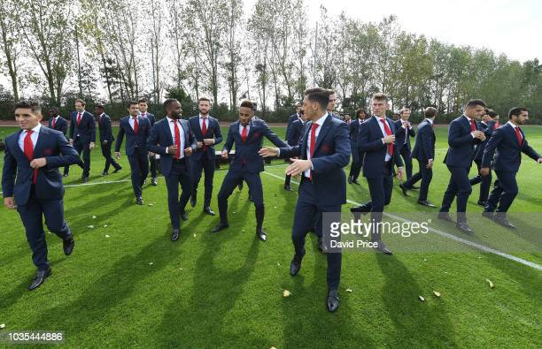 Lucas Torreira Alexandre Lacazette PierreEmerick Aubameyang Mesut Ozil Laurent Koscielny of Arsenal during the 1st team squad photo at London Colney...