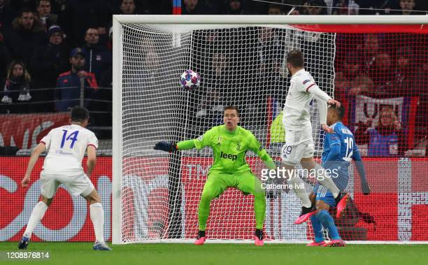 Lucas Tousart of Olympique Lyon scores his team's first goal during the UEFA Champions League round of 16 first leg match between Olympique Lyon and...