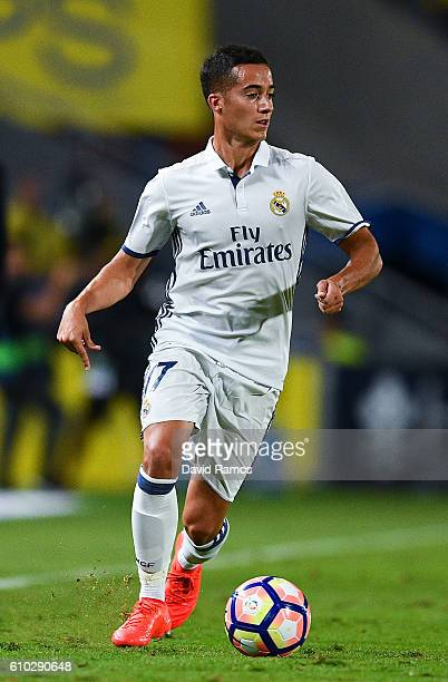 Lucas Vazquez of Real Madrid CF runs with the ball during the La Liga match between UD Las Palmas and Real Madrid CF on September 24 2016 in Las...