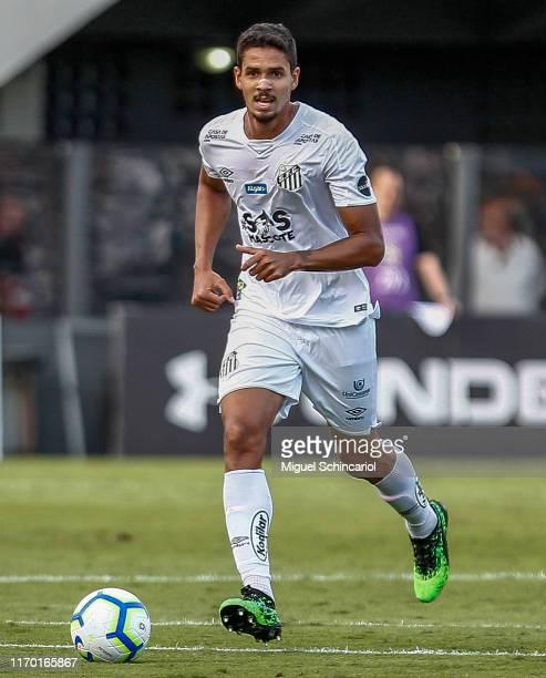 Lucas Verissimo of Santos controls the ball during a match between Santos and Fortaleza for the Brasileirao Series A 2019 at Vila Belmiro Stadium on...