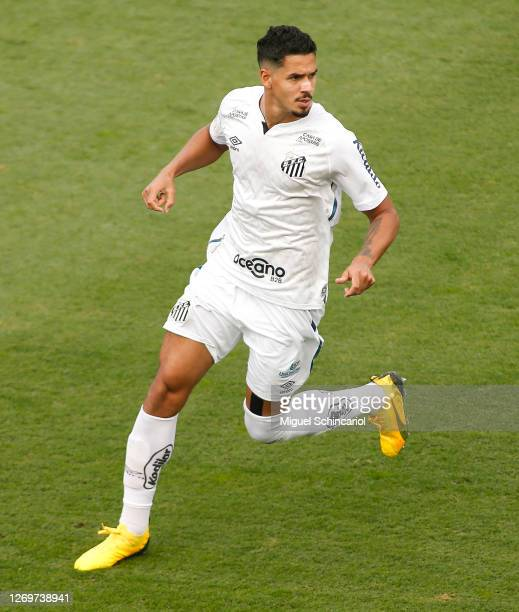 Lucas Verissimo of Santos runs during a match between Santos and Flamengo as part of Brasileirao Series A 2020 at Vila Belmiro Stadium on August 30,...