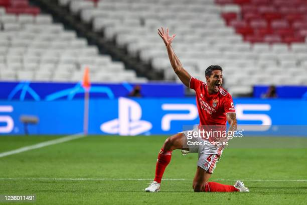 Lucas Veríssimo of SL Benfica reacts during the UEFA Champions League group E match between SL Benfica and Bayern Muenchen at Estadio da Luz on...