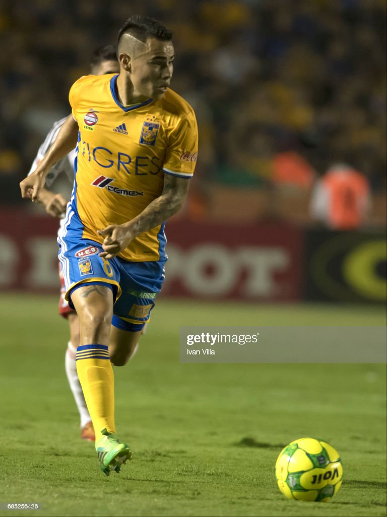 Lucas Zelarayan drives the ball during the semi finals first leg match between Tigres UANL and Tijuana as part of the Torneo Clausura 2017 Liga MX Universitario Stadium on May 18, 2017 in Monterrey, Mexico.