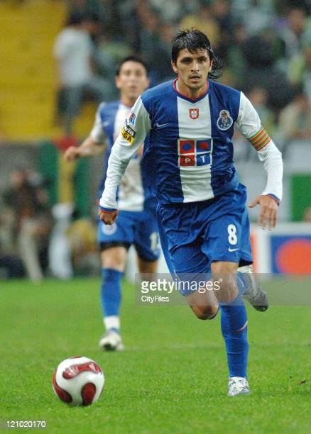 Lucho Gonzalez during Portuguese Bwin League Porto v Sporting Lisbon October 22 2006 at Alvalade XXI Stadium in Lisbon Portugal