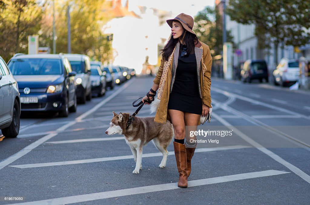 Street Style In Berlin - October, 2016 : Fotografía de noticias