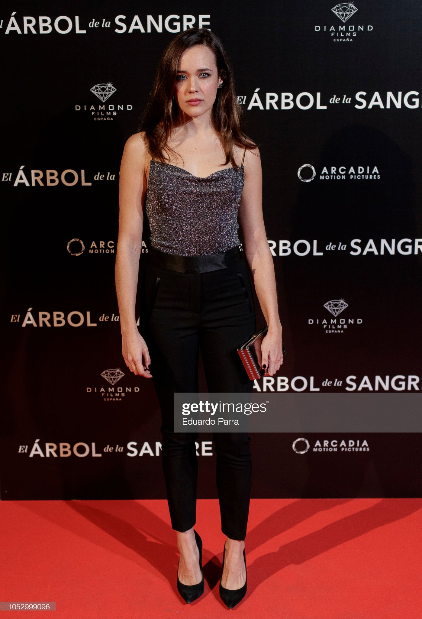 ¿Cuánto mide Lucía Delgado? - Altura Lucia-delgado-attends-the-el-arbol-de-la-sangre-photocall-at-capitol-picture-id1052999096?s=2048x2048