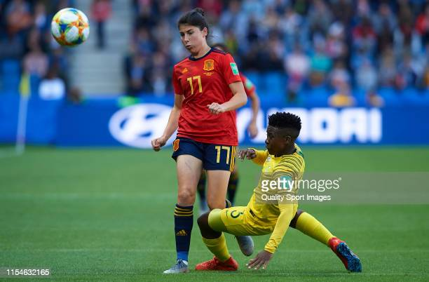Lucia Garcia of Spain competes for the ball with Nothando Vilakazi of South Africa during the 2019 FIFA Women's World Cup France group B match...