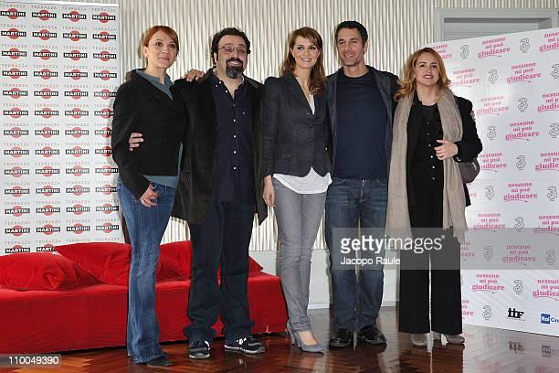 """Lucia Ocone, Massimiliano Bruno, Paola Cortellesi, Raul Bova and Federica Lucisano attend """"Nessuno Mi Puo Giudicare"""" - Milan Photocall at Terrazza..."""