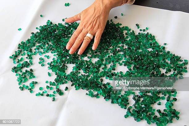 Lucia Silvestri creative director at Bulgari is photographed evaluating emeralds for Le Figaro on February 15 2016 in Jaipur India PUBLISHED IMAGE...