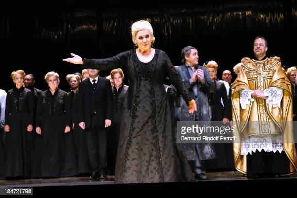 Luciana d'Intino in the role of Amneris at the end of the representation AROP Gala at Opera Bastille with a representation of 'Aida' on October 15...