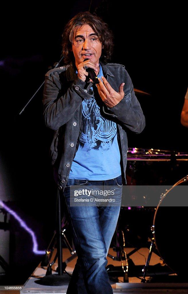 Luciano Ligabue performs during 'Che Tempo Che Fa' Italian Tv Show held at Rai Studios on October 2, 2010 in Milan, Italy.