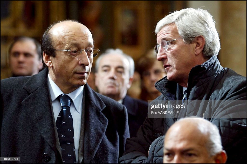 Funeral of Fiat's patriarch Giovanni Agnelli at the Turin Cathedral, Italy on January 26th, 2003. : News Photo