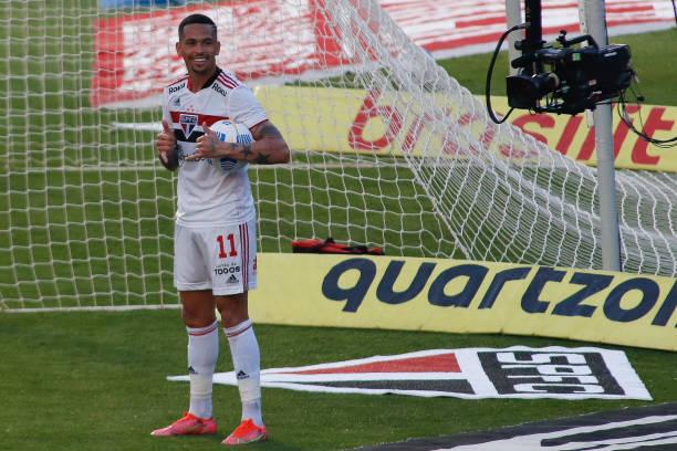 BRA: Sao Paulo v Atletico Goianiense - Brasileirao 2021