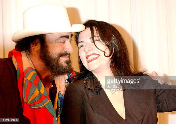 Luciano Pavarotti and Annalisa Raspagliosi during Luciano Pavarotti Final World Tour Tokyo Press Conference at Capitol Tokyu Hotel in Tokyo Japan