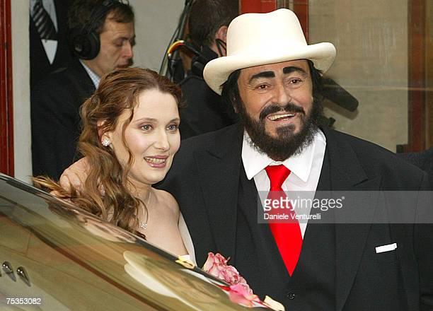 Luciano Pavarotti and Nicoletta Mantovani