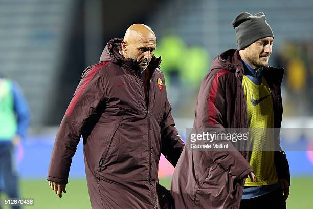 Luciano Spalletti and Francesco Totti of AS Roma after the Serie A match between Empoli FC and AS Roma at Stadio Carlo Castellani on February 27 2016...