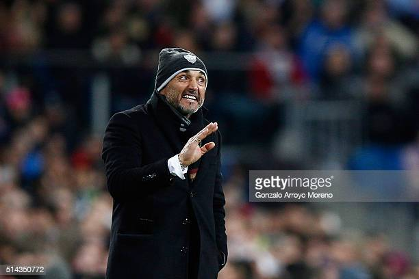 Luciano Spalletti coach of Roma reacts during the UEFA Champions League Round of 16 Second Leg match between Real Madrid and Roma at Estadio Santiago...
