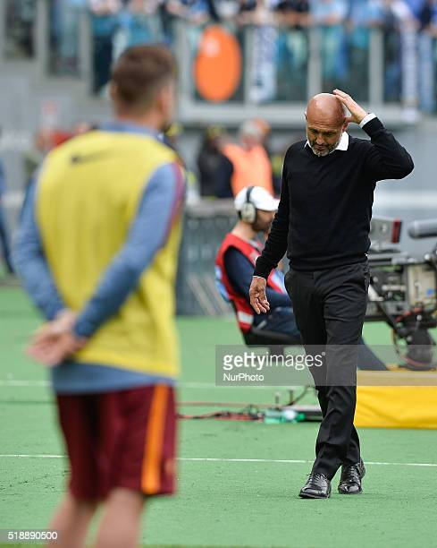 Luciano Spalletti Francesco Totti during the Italian Serie A football match between SS Lazio and AS Roma at the Olympic Stadium in Rome on april 03...