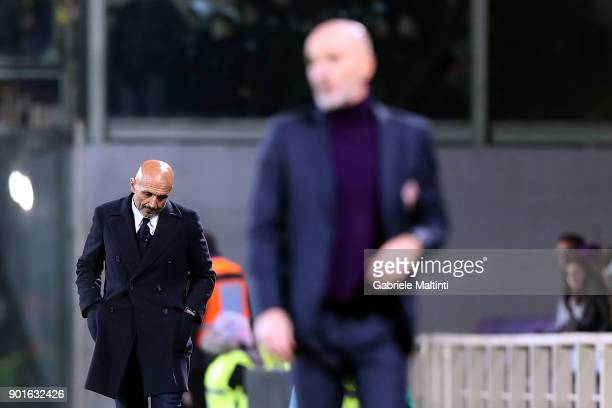 Luciano Spalletti head coach of FC Internazionale reacts during the serie A match between ACF Fiorentina and FC Internazionale at Stadio Artemio...