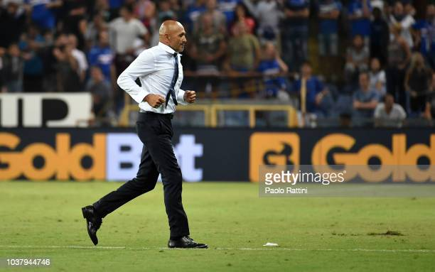 Luciano Spalletti head coach of Inter send out during the serie A match between UC Sampdoria and FC Internazionale at Stadio Luigi Ferraris on...