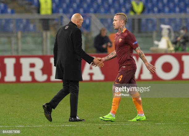 Luciano Spalletti Radja Nainggolan during the Europe League football match AS Roma vs Villarreal at the Olympic Stadium in Rome on february 23 2017