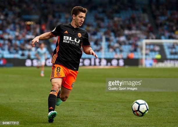 Luciano Vietto of Valencia CF in action during the La Liga match between Celta de Vigo and Valencia at Balaidos Stadium on April 21 2018 in Vigo Spain