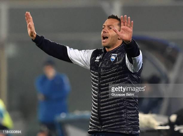 Luciano Zauri head coach of Pescara Calcio during Serie B match between Pescara Calcio and US Cremonese at Adriatico StadiumGiovanni Cornacchia on...