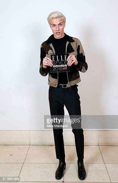 Lucky Blue Smith winner of the Male Model of the Year award poses in the winners room at The Elle Style Awards 2016 on February 23 2016 in London...