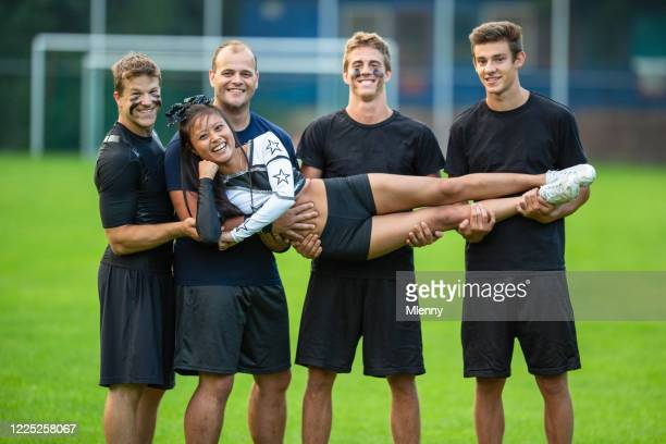 lucky charm soccer team celebra cheerleader girl - portafortuna foto e immagini stock