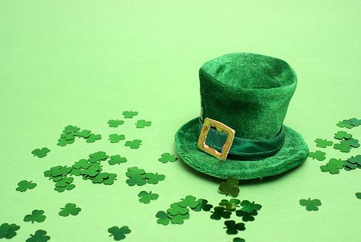 Lucky Hat 525078397