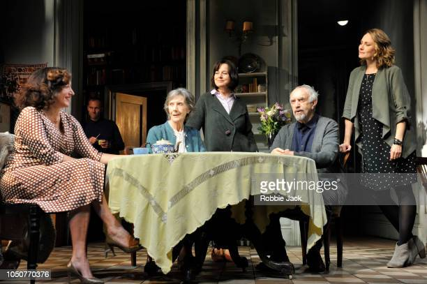 Lucy Cohu James HillierEileen Atkins Amanda Drew Jonathan Pryce and Anna Madelely in Florian Zeller's The Height Of The Storm directed by Jonathan...