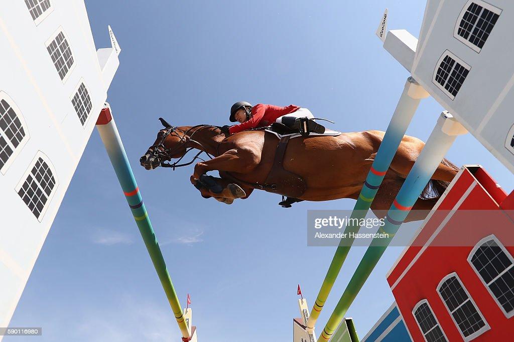 Equestrian - Olympics: Day 11 : ニュース写真