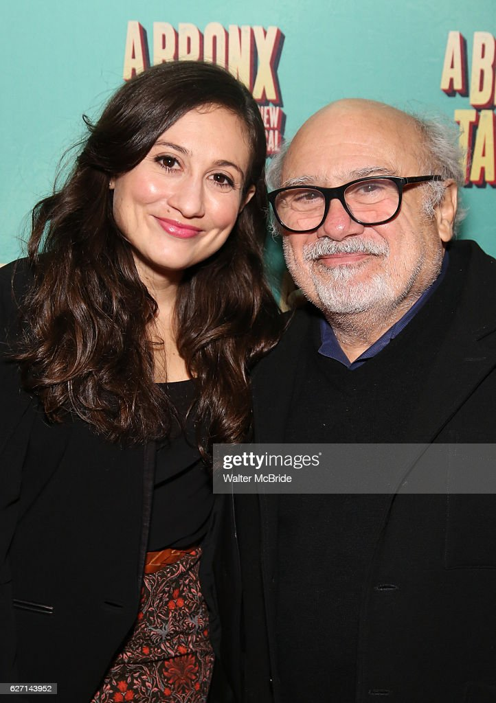 """""""A Bronx Tale"""" Broadway Opening Night - Arrivals & Curtain Call : Nyhetsfoto"""