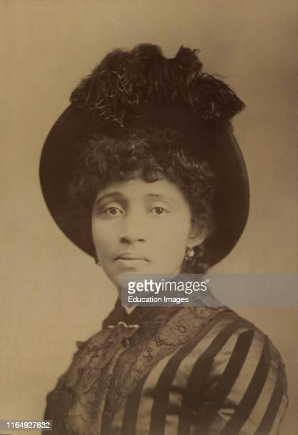 Lucy Eldine Parsons, African American Labor Organizer, Cabinet Card, August Brauneck, 1886.