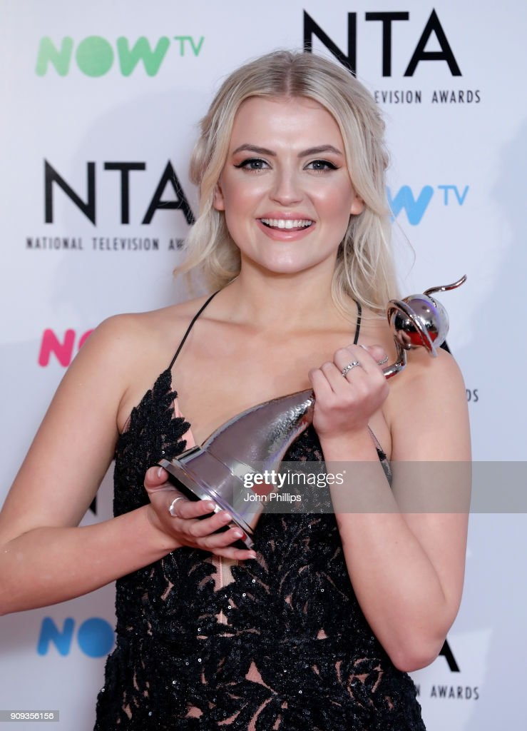 Lucy Fallon with her award for Best Serial Drama Performance during the National Television Awards 2018 at the O2 Arena on January 23, 2018 in London, England.