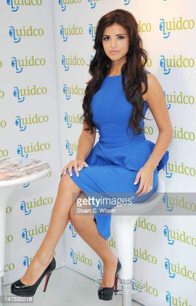 Lucy Mecklenburgh hosts the launch of Quidco's cash boutique The new venture sees customers being paid to peruse the racks alongside the highstreet...