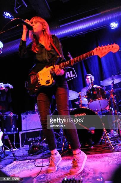 Lucy Rose Parton die britische SingerSongwriterin live beim Reeperbahnfestival 2015 Konzert beim Musikfestival in den Clubs um die Hamburger...