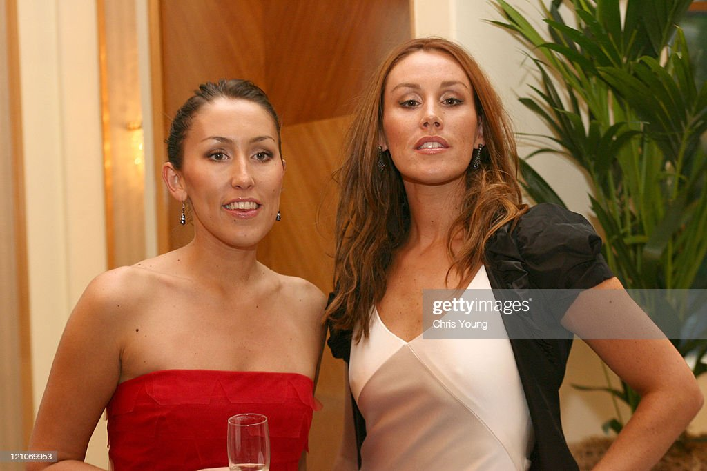 2006 Comfort Prima High Street Fashion Awards -Inside Arrivals