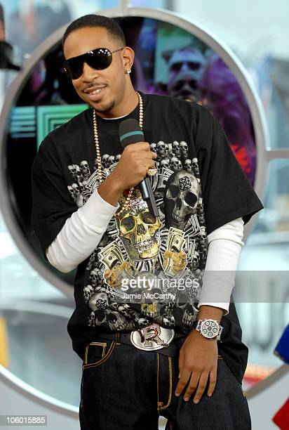 Ludacris during Ludacris and Cast of 'Run's House' Visit MTV's 'TRL' August 17 2006 at MTV Studios in New York City New York United States