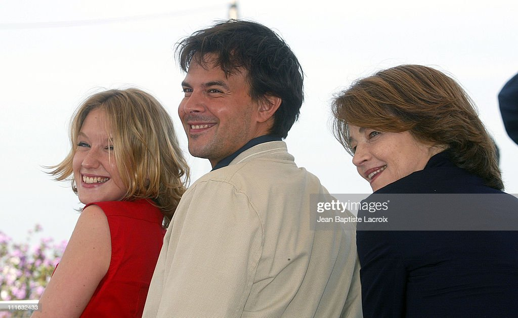 """2003 Cannes Film Festival - """"Swimming Pool"""" Photo Call"""