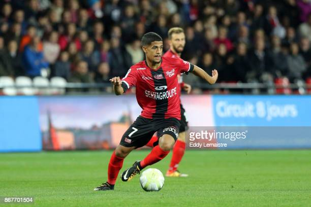 [MOD] 7 - Ludovic Blas - Page 4 Ludovic-blas-of-guingamp-during-the-ligue-1-match-between-ea-guingamp-picture-id867701504?s=612x612