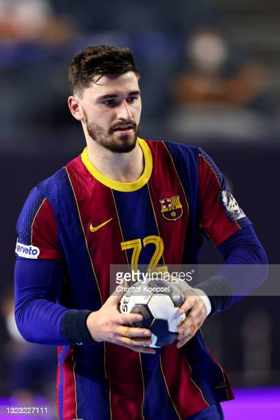Ludovic Fabregas of FC Barcelona passes the ball during the VELUX EHF Champions League FINAL4 semi-final between FC Barcelona v HBC Nantes at Lanxess...