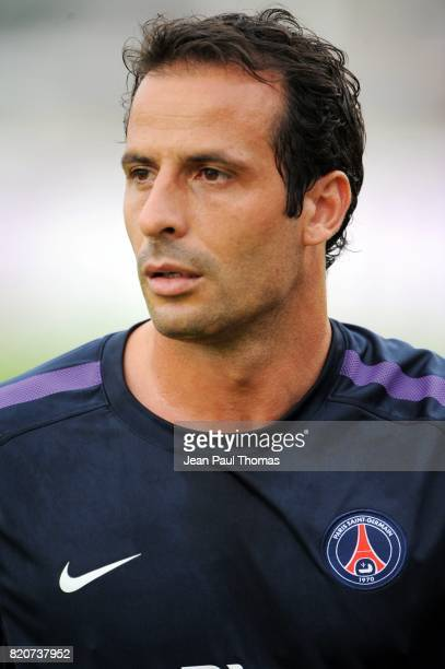 Ludovic GIULY PSG / Sporting Portugal Match Amical Evian