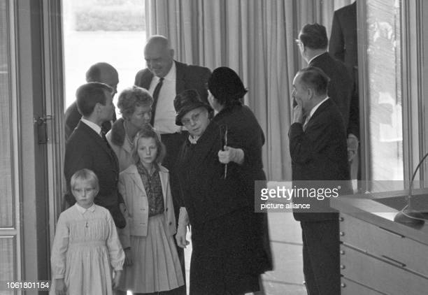 Ludwig Erhard's grandchildren take part in the Bundestag meeting on 16 October 1963 In this meeting their grandfather is elected as Federal...