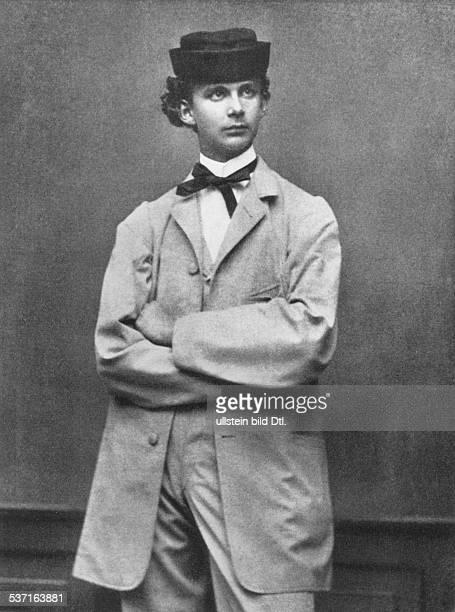 Ludwig II von Bayern Koenig von Bayern Halbportrait 1862 Fotografie von Joseph Albert