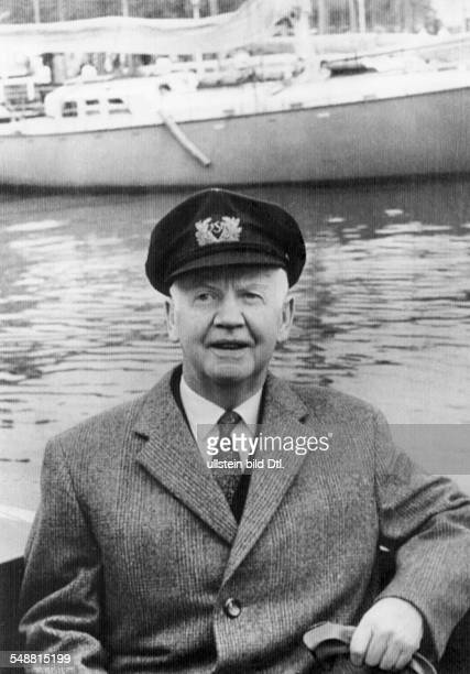 Luebke Heinrich Politician D *14101894 President of the Federal Republic of Germany from 1959 to 1969 Portrait at the event the Kieler Week 1961...